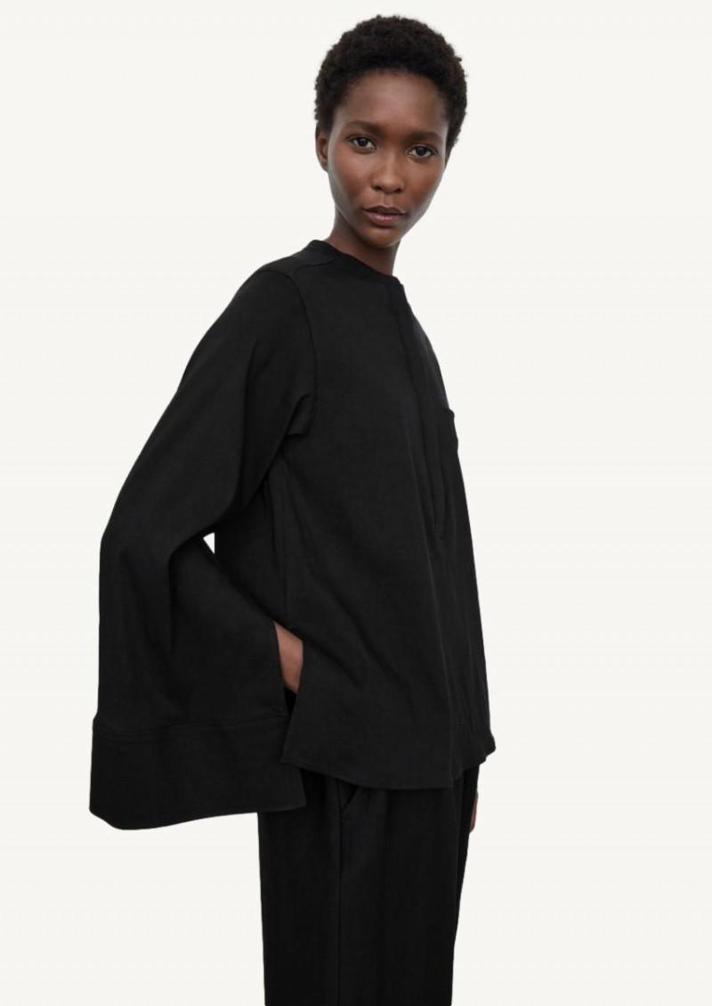 Black linen half-button shirt