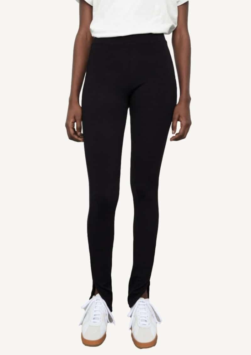Black zipped legging
