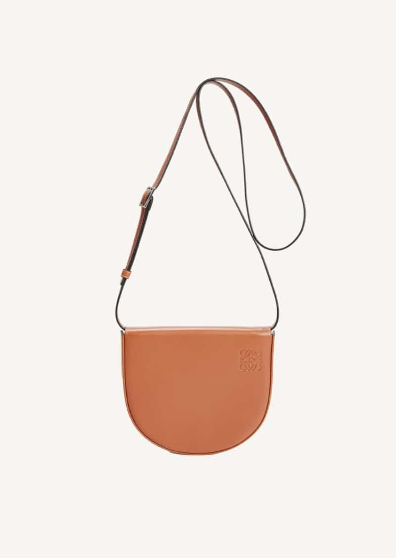 Tan Heel bag in calfskin