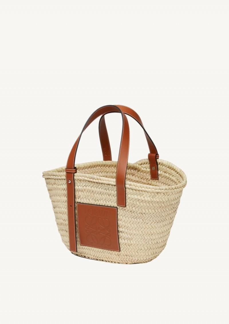 Natural and tan basket bag in palm leaf and calfskin