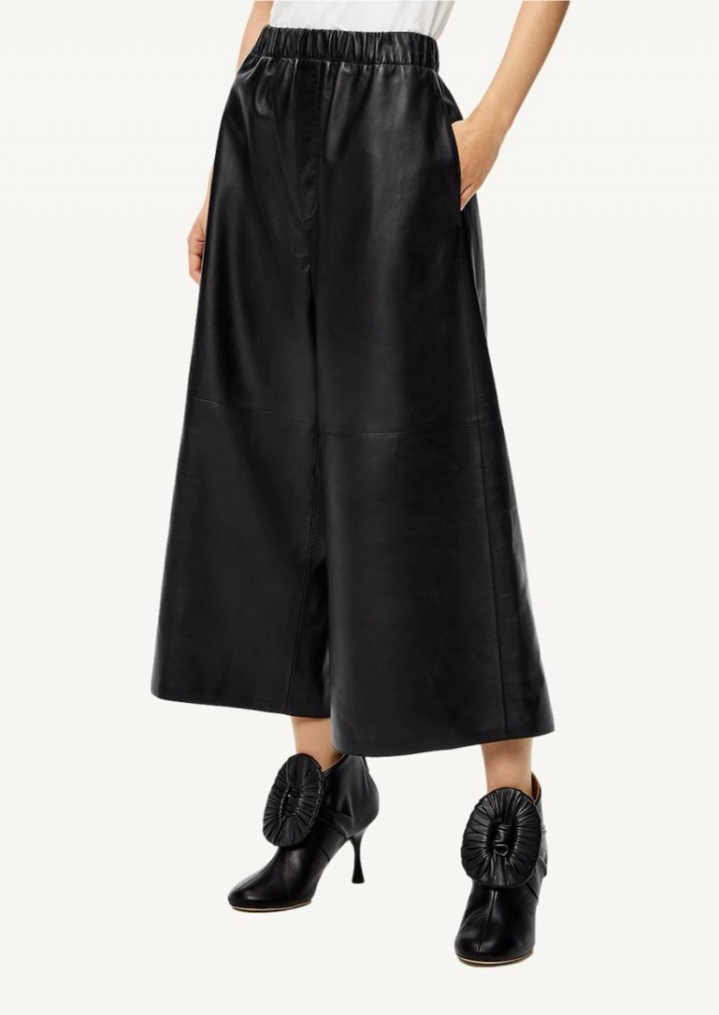 Black Cropped elasticated trousers