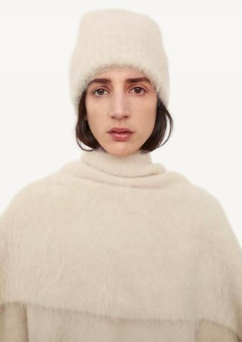 Bonnet en tricot d'alpaga crème