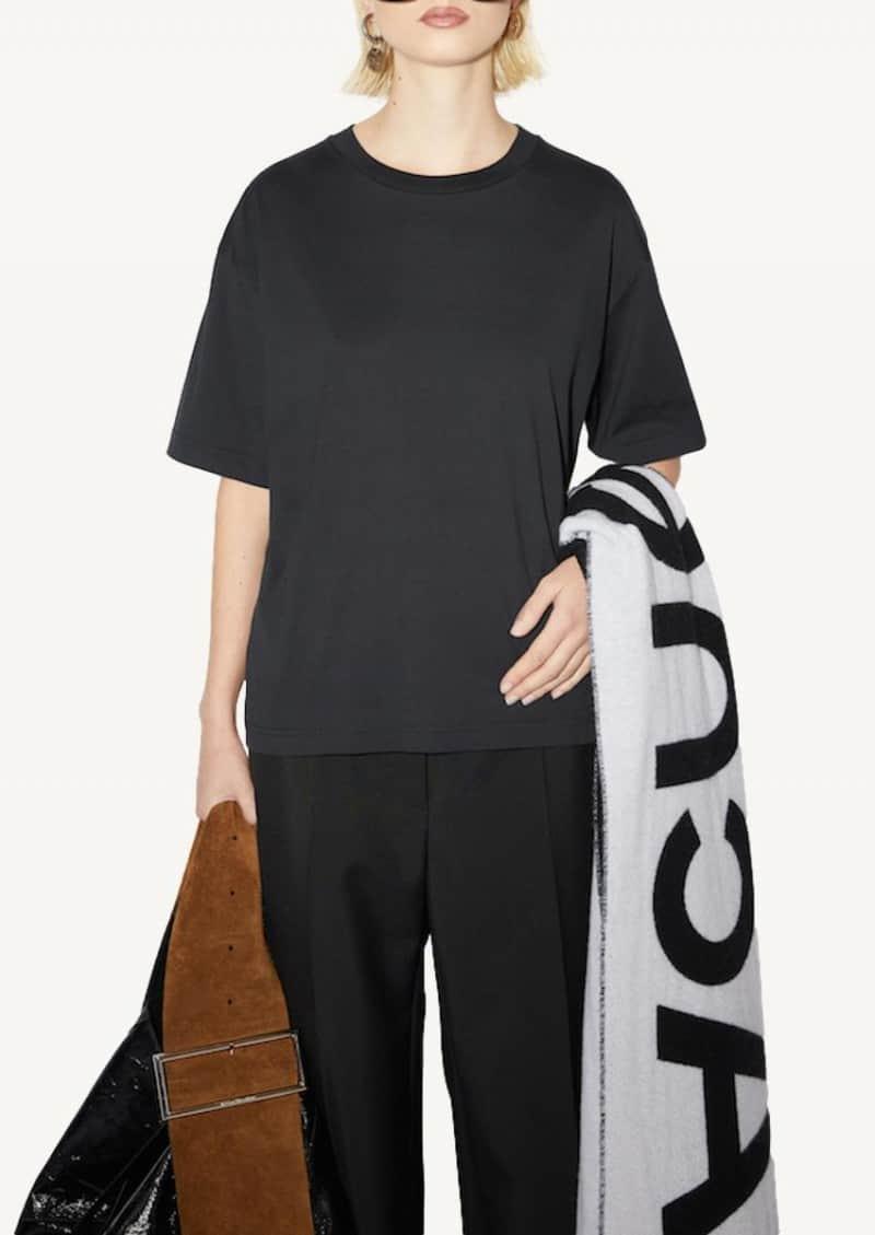 Black Straight fit t-shirt